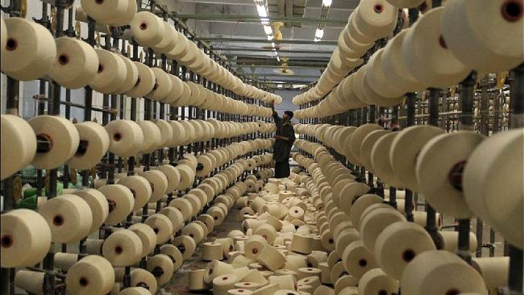 Rising cotton prices take toll on apparel makers